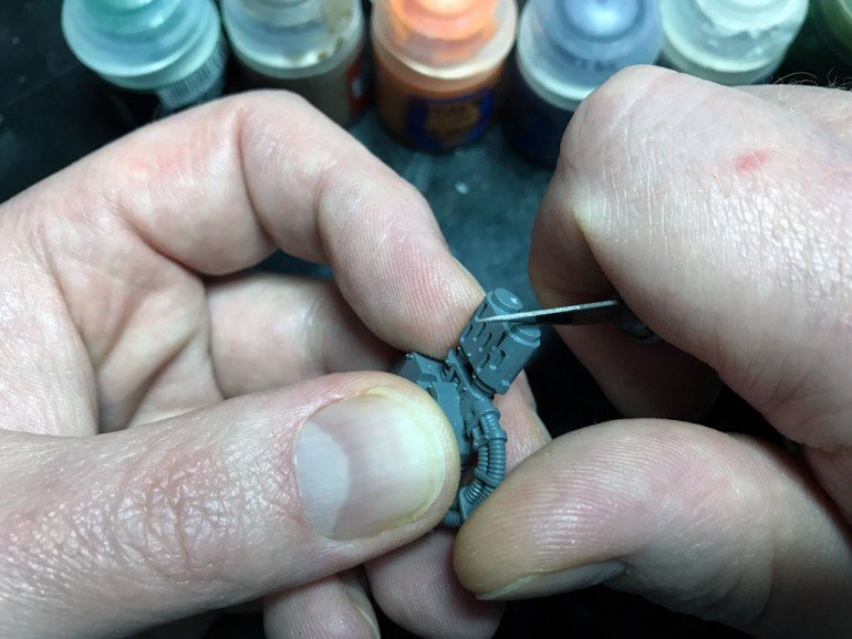Painting Miniatures - Preparation with Mold Line Removal